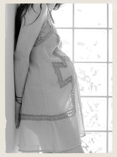 my friend Sofia's maternity pics from maryem  http://www.organicmomentophotography.com/contact/