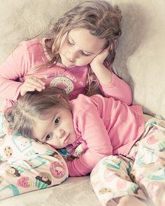 Risultato della ricerca immagini di Google per http://data.whicdn.com/images/12822255/blonde-friends-kinds-little-girl-pink-Favim.com-109168_large.jpg