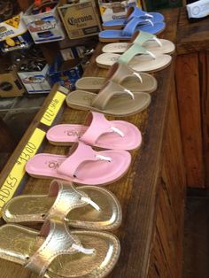 One pair of Kino's is never enough! I'd love to get a pair or two during my #DreamKeyWestVacation #MarriottCourtyardKeyWest #Kinos ♥