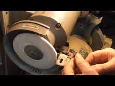(2) Freehand Tool Grinding - Part 1 - Drills - YouTube