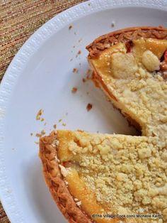streusel topped mango custard pie Mango Dessert Recipes, Mango Recipes, Pie Recipes, Baking Recipes, Mango Pie, Good Pie, Low Calorie Desserts, Cupcakes, Streusel Topping