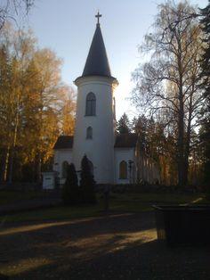 Törnävän kirkko, Seinäjoki. Grave Monuments, Graveyards, Finland, Cathedral, Mansions, House Styles, Mansion Houses, Manor Houses, Cathedrals