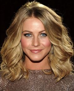 Spring Glowing Makeup Look Inspired by Julianne Hough People Choice Award 2012