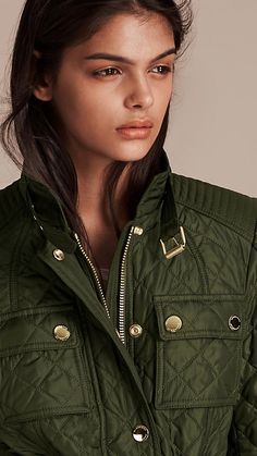 A Burberry quilted field jacket inspired by styles from the Burberry Heritage Archive. Discover the women's outerwear collection at Burberry.com