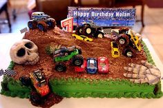 Minus the skull--monster truck dirt course cake - awesome Digger Birthday Parties, 5th Birthday Party Ideas, Birthday Fun, Monster Truck Birthday Cake, Monster Truck Party, Monster Trucks, Monster Jam, Fondant, Cake Ideas