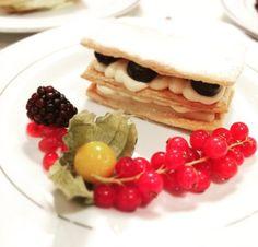 Winterberry mille feuille, seasonal berries #pudding #season  http://www.gooseandberry.co.uk/