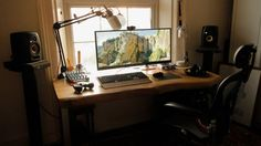 Over on the battlestations subreddit, damienslash offers up his new setup to the crowd, complete with a beautiful custom desk, ultrawide monitor, and some other touches we can really get behind.
