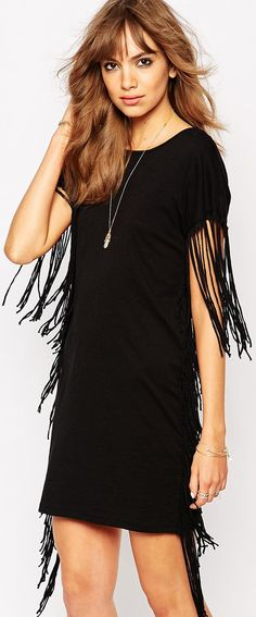 read about fringe - it's super trendy for spring and summer and vacations - love it - http://www.boomerinas.com/2015/05/04/7-fringe-fashion-trends-for-summer-2015-bags-tops-dresses-shoes-more-its-the-70s-again/