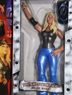 2003 WWE Raw Trish Stratus Tenth Anniversary action figure, NM #JAKKSPacific