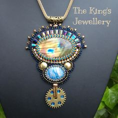 I just can't stop making pendants with Labradorite... By: Astrid de Koning The King's Jewellery
