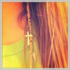 DIY Boho hair wrap, sooo going to do this @carriepederson u should do this to my hair once u get back from Bible Camp! Btw.. HAVE FUN GIRLY!!