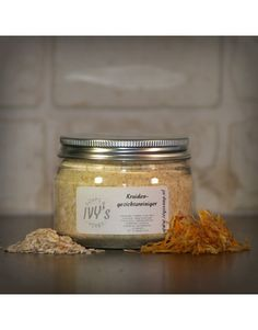 Kruiden gezichtsreiniger Candle Jars, Candles, Blog, Paleo, Soap, Herbs, Candy, Blogging, Beach Wrap