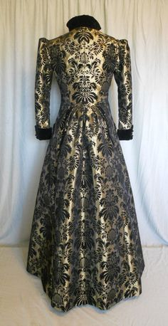 The Neo-Victorian silhuette.  Victorian Gothic Steampunk Bustled Coat in by britishsteampunk