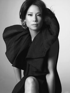 Lucy Liu. holy moses gorgeous.