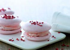 Macarons med hindbær-creme