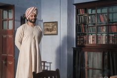 "Ali Fazal Opens Up About Playing Opposite ""Queen"" Judi Dench in Victoria and Abdul - TownandCountrymag.com"