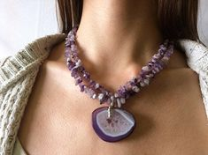 Two-row amethyst splitter-necklace with agate pendant
