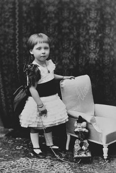 Princess Alice of Albany, 1886 [in Portraits of Royal Children Vol.34 1885-1886] | Royal Collection Trust