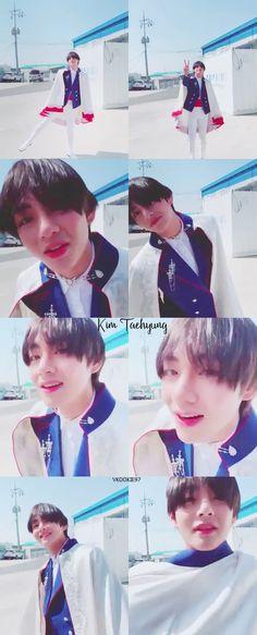 My Little Prince 😍 Kim Taehyung, Jimin Jungkook, Daegu, Kasumi Tendo, Bts Memes, E Piano, Korean Boy, About Bts, Big Love