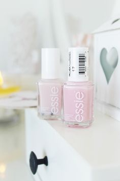 Shabby chic girly beauty and makeup haul, my sheer pink Essie nail shades collection Makeup Haul, Make Up Collection, Beauty Packaging, Makeup Goals, Fashion Essentials, Too Faced Cosmetics, Beauty Routines, Essie, Girly Things