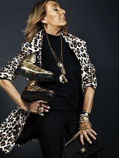 Fashion Stylist and Fashion Editor CARLYNE CERF DE DUDZEELE Style Icon