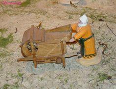 la paysanne au tarare (instrument qui sert à vanner les céréales)