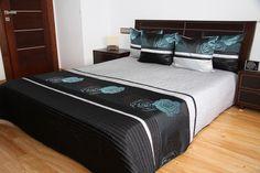 Szaro czarne narzuty luksusowe na łóżko w turkusowe róże