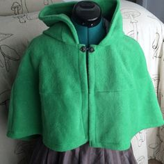 DISCOUNTED Elf Cloak Capelet with pointed hood OSFM in kelly green ready to ship