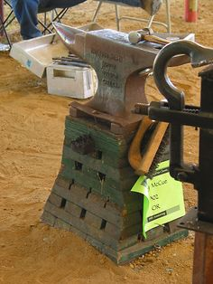 Need a anvil stand - Anvils - I Forge Iron