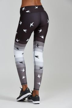 NEW for Fall - Black Bird leggings combine a Noli favorite print with a stylish ombre effect to make for one stylish legging! Model is 5'9 and wearing an XS Please check our Size Chart for proper sizi