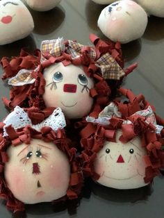 Raggedy Ann And Andy, Felt Toys, Doll Face, Paper Dolls, Annie, Halloween, Handmade, Clothes, Fabric Dolls