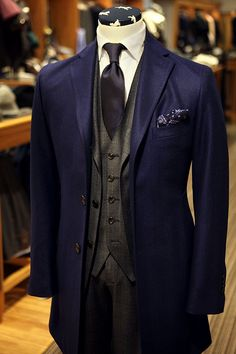 Style & Suits by Mens Fashion Suits, Mens Suits, Fashion Outfits, Men's Fashion, Sharp Dressed Man, Well Dressed Men, Style Costume Homme, Mode Costume, Suit And Tie
