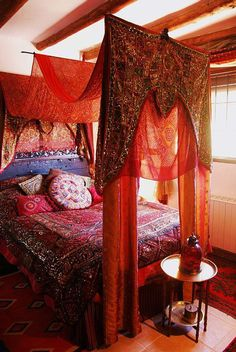 Moroccan bedroom If you are looking for exotic bedding in rich jewel colours - t. - Moroccan bedroom If you are looking for exotic bedding in rich jewel colours – try www. Bohemian Interior, Bohemian Decor, Bohemian Homes, Bohemian Style, Gypsy Decor, Bohemian Living, Modern Bohemian, Boho Hippie, My New Room