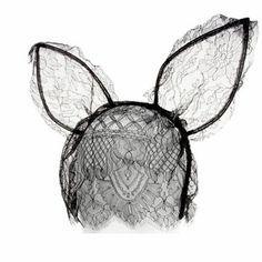 Serre-tête dentelle oreilles de lapin par Maison Michel, rabbit costume