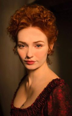 Eleanor Tomlinson as Demelza in s2ep9