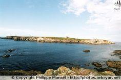 """Ile de Keller, séparé de l'île d'Ouessant par le chenal """"Penn ar Ru Meur"""" (Bretagne)"""