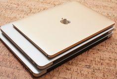 Nel terzo quarto fiscale di Apple si evidenzia un netto calo delle vendite di MacBook, circa il 13% rispetto allo stesso periodo dell'anno precedente. Il motivo sarebbe da ricercare nell'assenza di aggiornamenti delle macchine nel 2016, siamo in tanti ad aspettare i nuovi che, stando agli ultimi rumours, saranno presentati entro la fine del mese.   #macbook #rumours