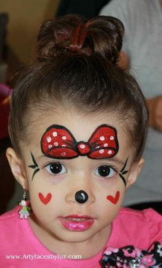 DIY Minnie Mouse face paint. This little girl is so darn cute!