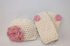 Baby Photography Prop - Hat and Leg Warmer Set - Newborn Photo Prop -  Baby Girls Crochet Legwarmers Infant - Cream Rose