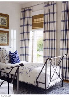 Horizontal Strip Drapes Blue and white bedroom -- interior design: Marshall Watson White Rooms, White Bedroom, Pretty Bedroom, Style Cottage, Guest Bedrooms, White Decor, Beautiful Bedrooms, Beautiful Beds, Bedroom Decor