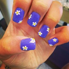 •cute plain purple nails with little white flowers with yellow centers•