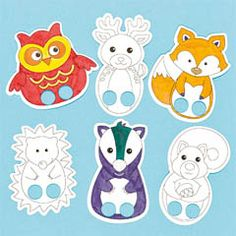 Woodland animal finger puppets to colour in and play with. 6 assorted pre-printed card designs.