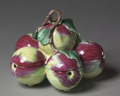 Covered Box in the Form of Six Apples, c. 1760 manufacturer Sceaux Factory (French)