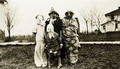 1970s vintage halloween costume photographs - Google Search & The 24 best Vintage Halloween Costumes images on Pinterest   Vintage ...