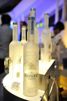 Belvedere Vodka - yes, I love vodka ♥ Invite Your Friends, Happy Hour, Night Life, Vodka Bottle, Champagne, Alcohol, Beer, Invitations, Drinks
