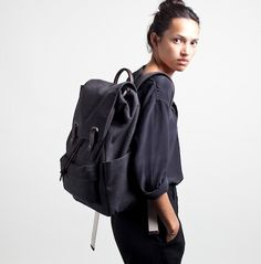 Snap Backpack Charcoal de Everlane