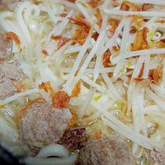 生姜をたっぷり入れて温まりましょう。 - 11件のもぐもぐ - 特製肉団子入り中華風煮込みうどん by YouriK69rg4