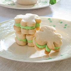 Peppermint-Filled Shortbread. My favorite cookie with my favorite flavored cream ~ SWEET !!