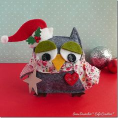 Christmas owl!!  I was thinking to get this die.  I can't wait to make this cute little felt owl!
