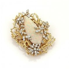 Pre-owned 14K Gold Large Pear Cut Fire Opal & Diamonds Pendant Brooch ($4,450) ❤ liked on Polyvore featuring jewelry, brooches, vintage brooch, 14k diamond pendant, vintage flower brooch, diamond flower pendant and 14k gold pendant